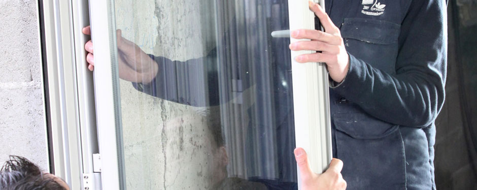 glass repairs, glass replacement